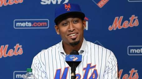 Mets closer Edwin Diaz during his introductory news