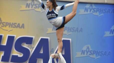 Samantha Ferrara competing for Rocky Point in the