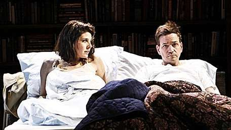 Marisa Tomei and Frank Whaley in