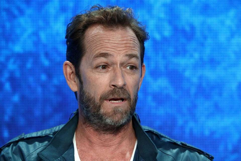 BEVERLY HILLS, CA - AUGUST 06: Luke Perry