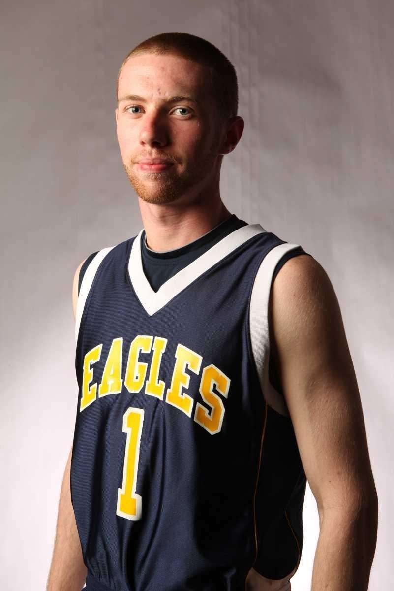 MATT SULLIVAN West Babylon, Guard, Sr. A gritty