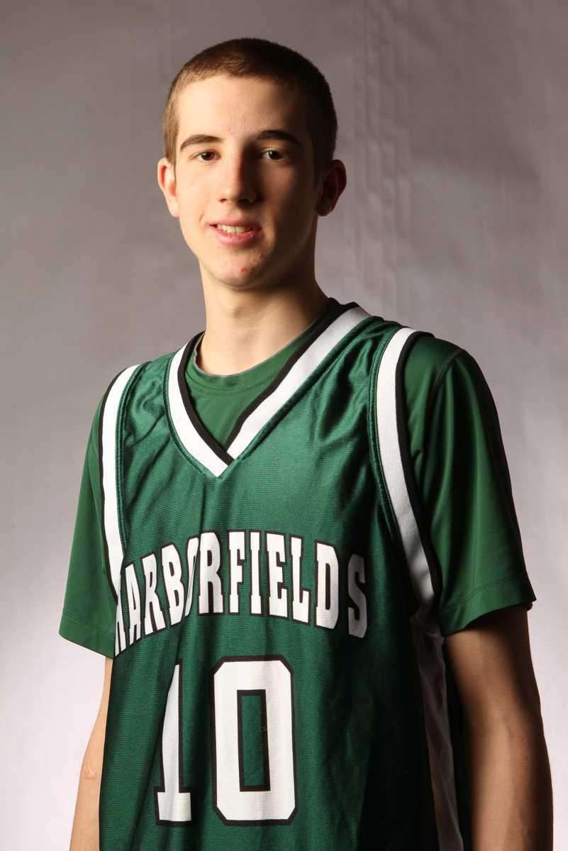 LUCAS WOODHOUSE Harborfields, Guard, Jr. A slender but