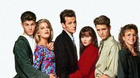 Beverly Hills 90210 BRIAN AUSTIN GREEN TORI SPELLING