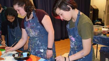 Long Beach Middle School students used their artistic