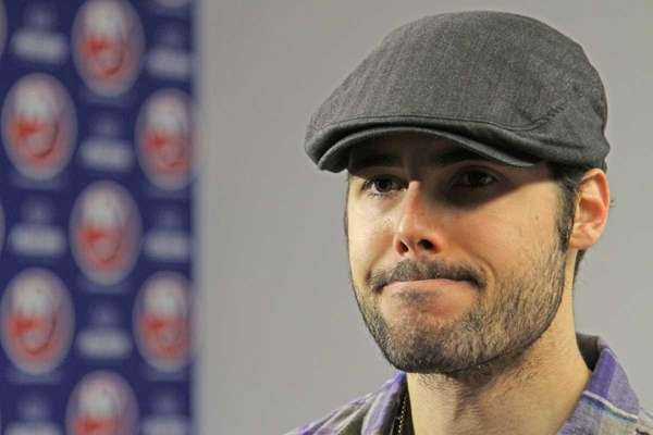 Rick DiPietro talks with reporters at the Nassau