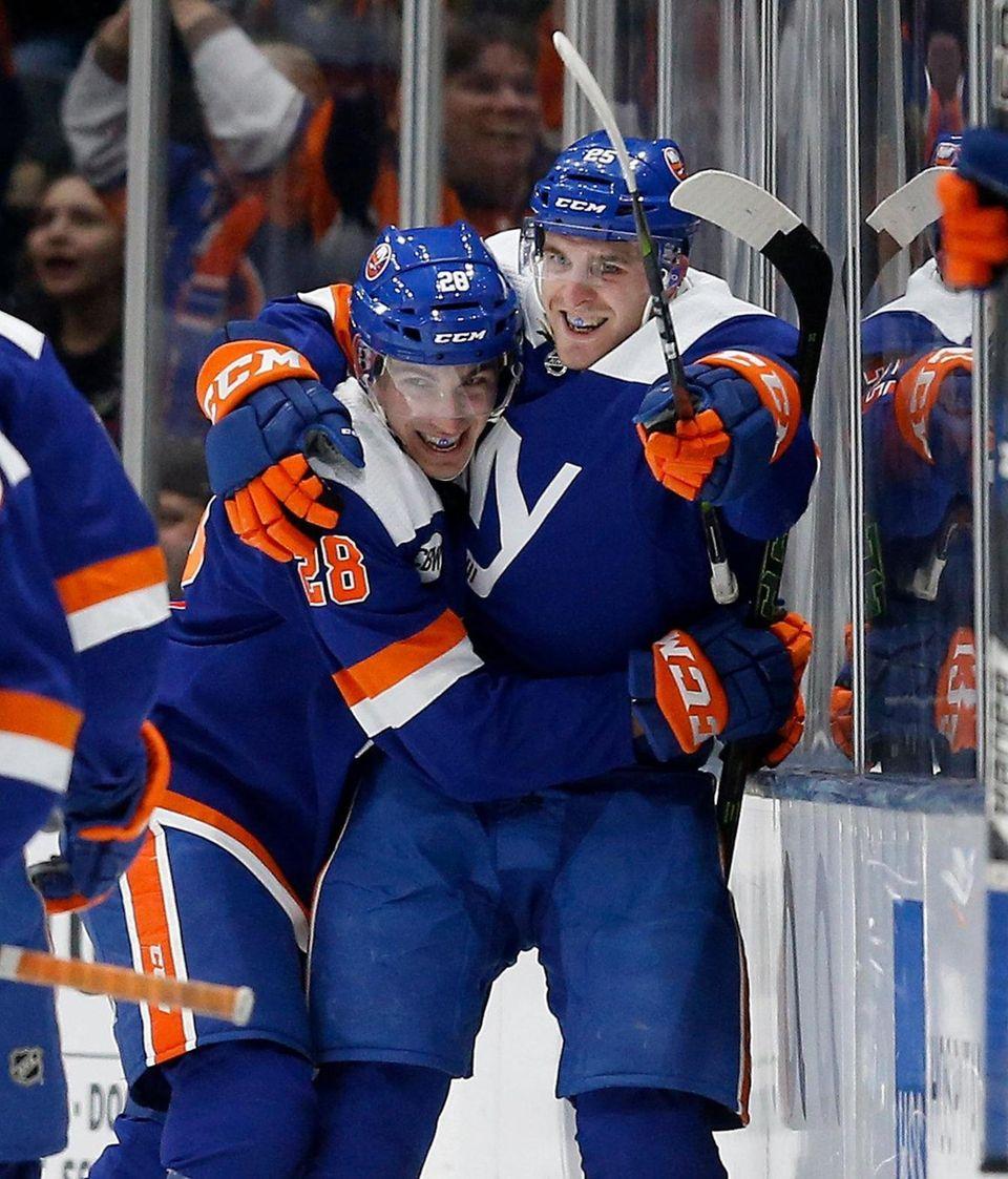 Devon Toews #25 of the New York Islanders