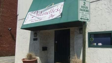 oming soon to RVC: Antonette's