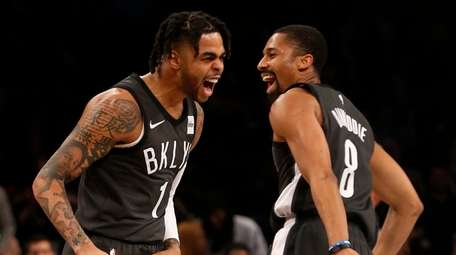 D'Angelo Russell and Spencer Dinwiddie of the Nets