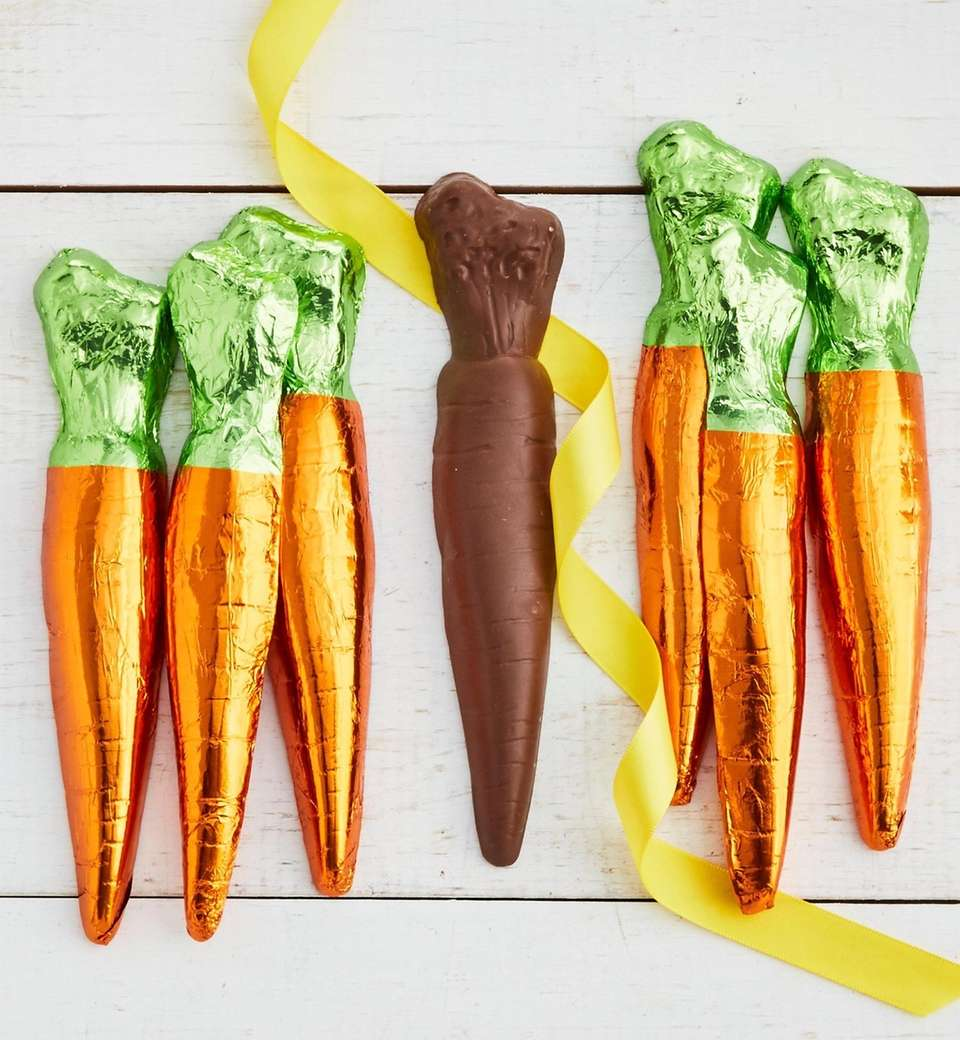 A bunch of six milk chocolate carrots arrive