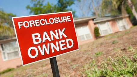 The number of new mortgage foreclosure filings statewide
