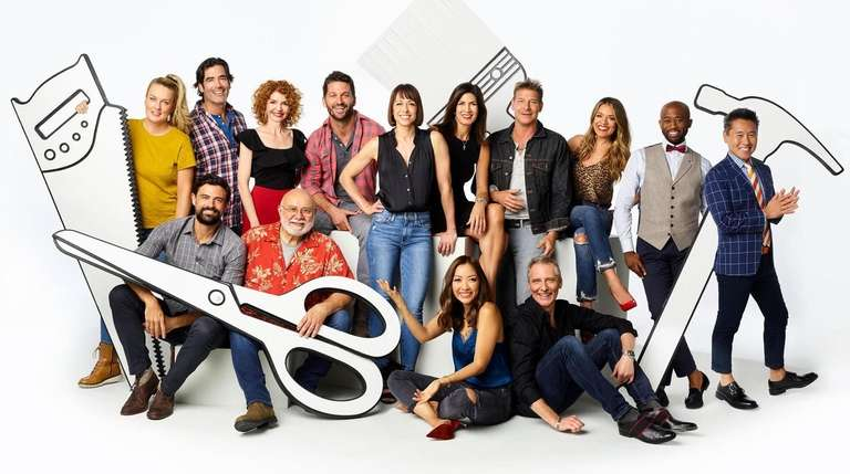 "The 2019 cast photo for TLC's ""Trading Spaces."""
