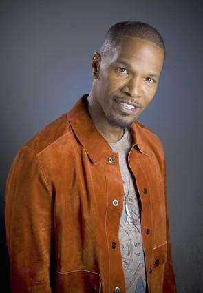 Stage name: Jamie Foxx Birth name: Eric Marlon