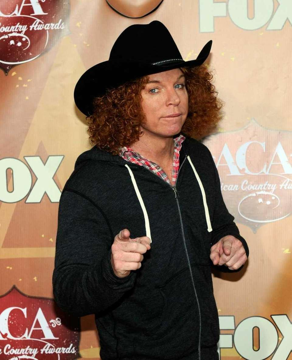 Stage name: Carrot Top Birth name: Scott Thompson