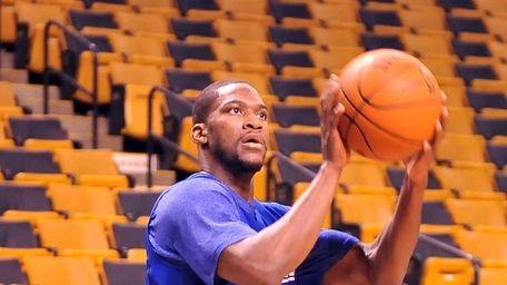 New York Knicks' point guard Toney Douglas doing