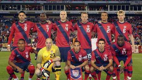 The pre-game team picture of the United States