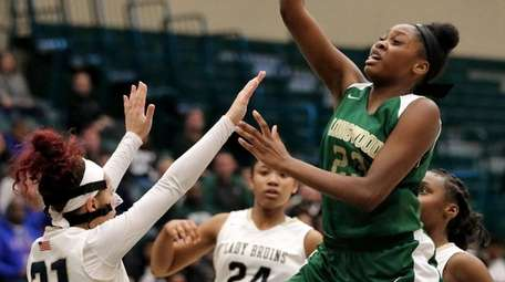 Longwood's Taydra Simpson drives the lane for two