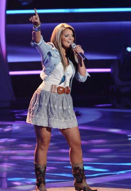 Lauren Alaina performs