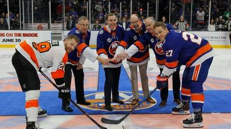 The sons of former New York Islanders general