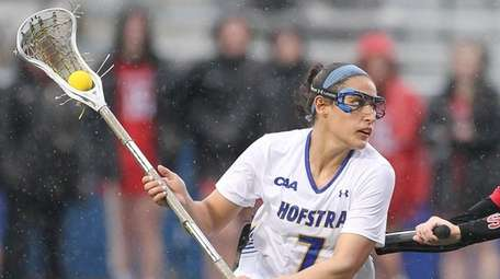 Hofstra's Alyssa Parrella (7) moves the ball while