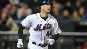 New York Mets left fielder Jason Bay (44)