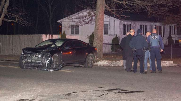 Medford teen arrested in two crashes, including one that