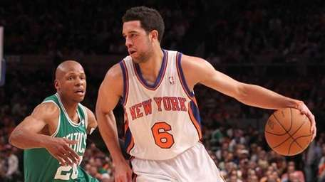 Landry Fields #6 of the New York Knicks
