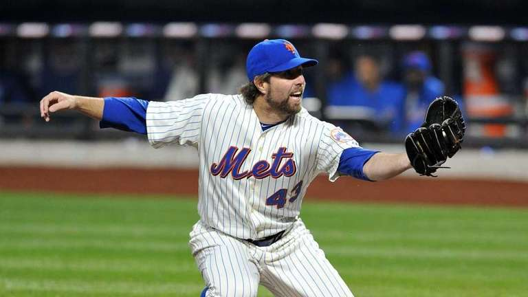 The Mets are wary of R.A. Dickey's plan