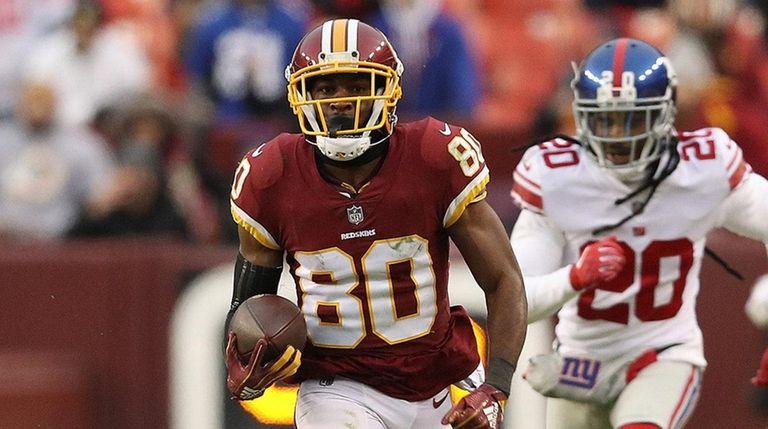 Wide receiver Jamison Crowder of the Redskins runs