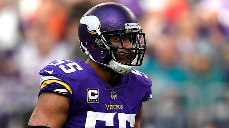 Vikings linebacker Anthony Barr reacts after sacking Dolphins