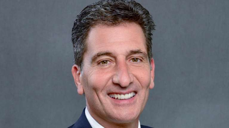 Gene Steratore is the NFL and NCAA basketball