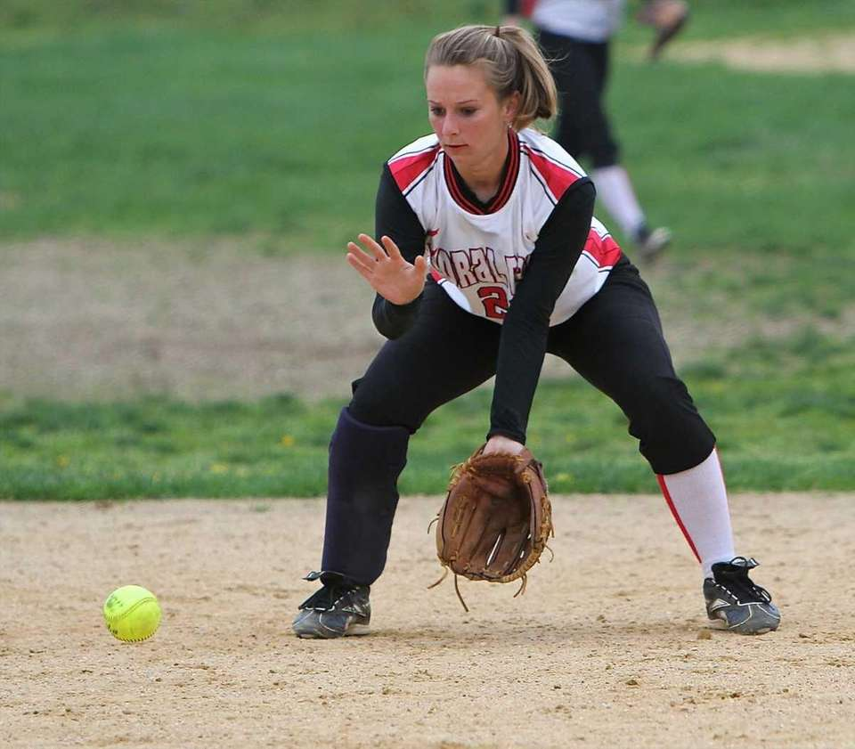 Floral Park shortstop Christine Hand #21 fields the