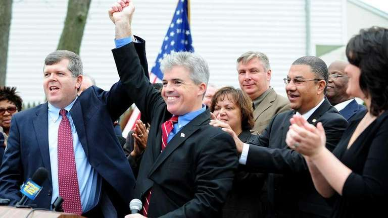 Steve Bellone announces his candidacy for Suffolk County