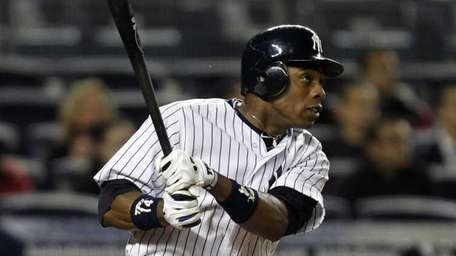 New York Yankees' Curtis Granderson watches his fifth-inning
