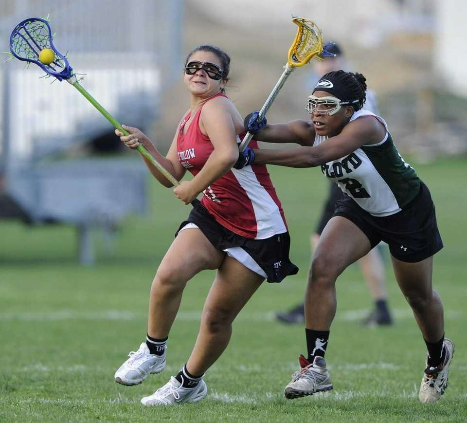 Half Hollow Hills midfielder Julia DiMaria powers her