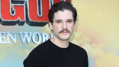 """Kit Harrington attends a photo call for """"How"""
