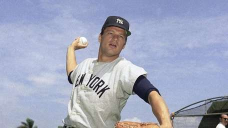 Jim Bouton, pitcher for the New York Yankees