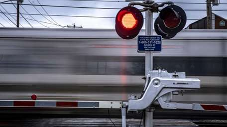 LIRR grade crossings were among the topics discussed