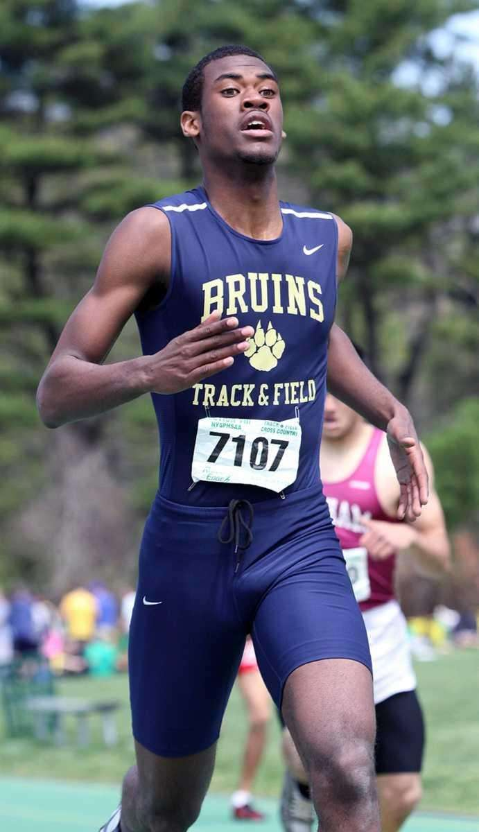 Bruins Kirk Staine takes first in the Boy's
