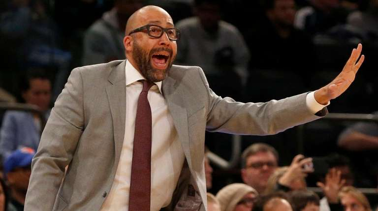 Knicks head coach David Fizdale in the fourth