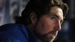 New York Mets starting pitcher R.A. Dickey (43)