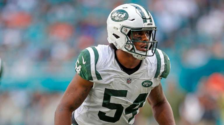 Jets linebacker Avery Williamson during a game against