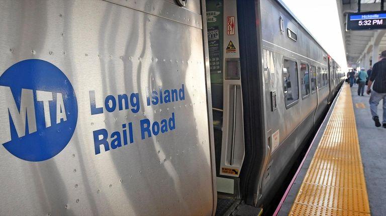 Commuters at the Hicksville LIRR platform. The Long