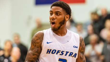 Hofstra guard Justin Wright-Foreman, second in Division I