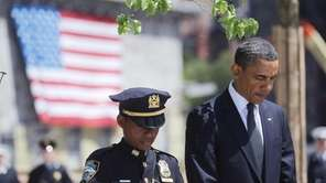 President Obama and NYPD officer Stephanie Moses bow