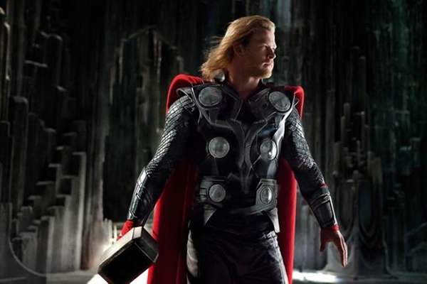 Thor (Chris Hemsworth) in