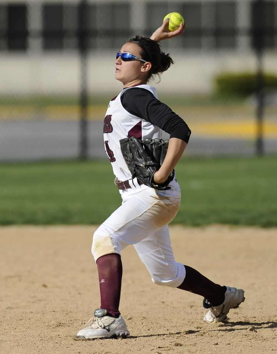 Deer Park's Sabrina Riley fields a hit and