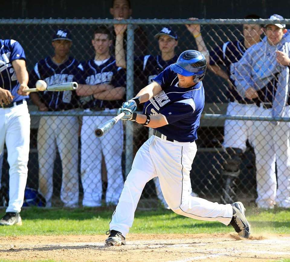 Eastport's DH Mat Annunziata (3) unloads a two
