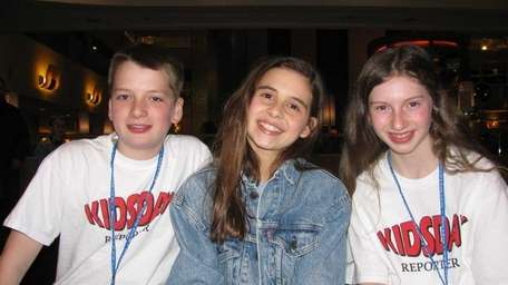 Actress Carly Rose Sonenclar, center, from the musical