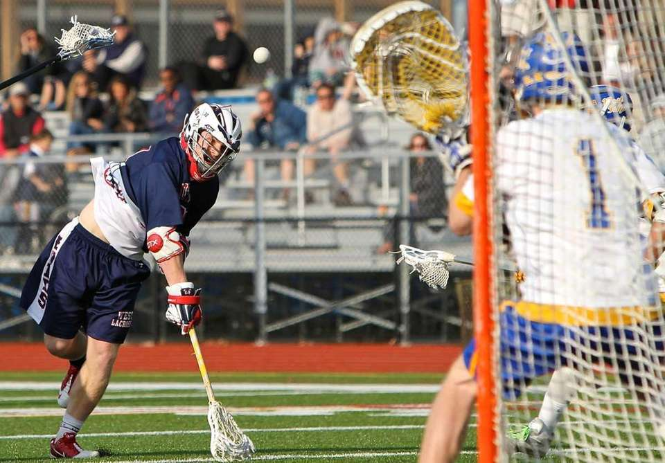 Smithtown West attack James Pannell #32 sends a