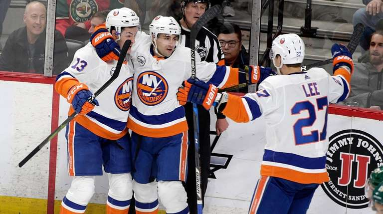Islanders right wing Jordan Eberle (7) celebrates his